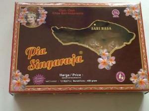 Pia-dan-Pie-Susu-Singaraja03-300x225